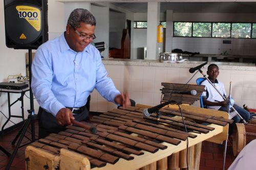 Gustavo Aguilar - Marimba