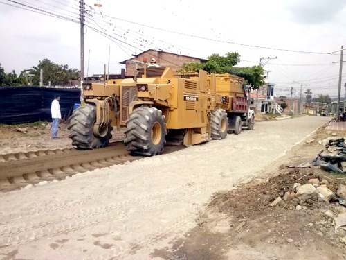 Pavimentación vías en Miranda