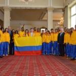Deportistas que viajan a Juegos Olímpicos de la Juventud 2014 recibieron el pabellón nacional