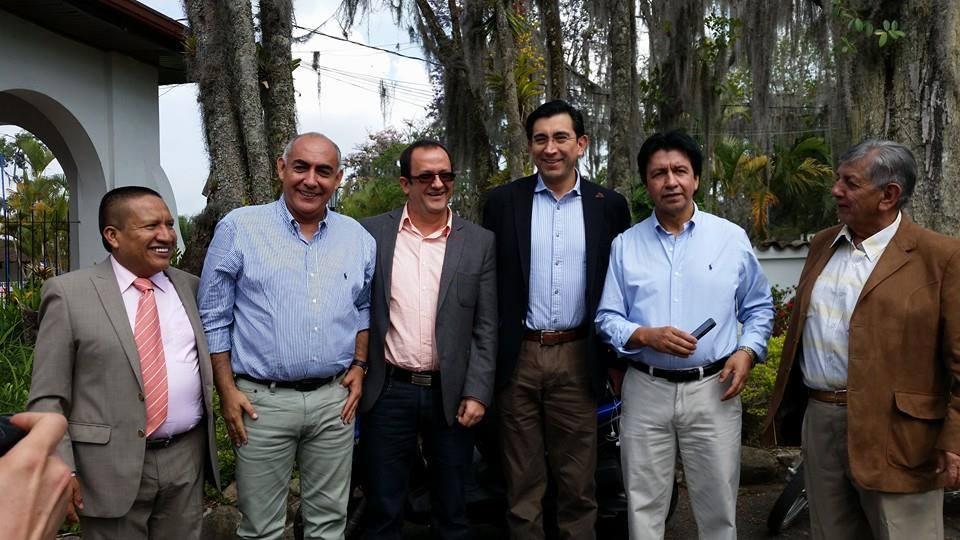 MINISTRO DE LAS TICS CON CONGRESISTAS