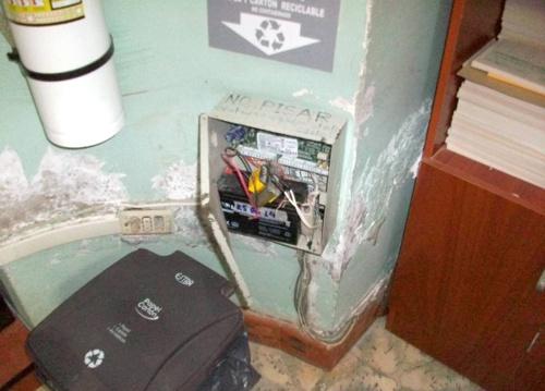 Los delincuentes desactivaron la alarma del Centro de Salud Quilisalud
