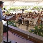 El Gobierno no va a aceptar que se haga política con armas: presidente Santos