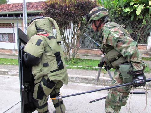 Desactivan explosivos instalados por las Farc en Inzá1
