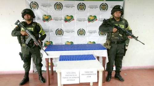 Policía incautó tapas para licor adulterado en Cauca