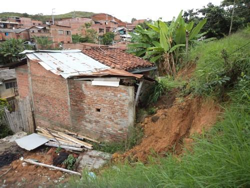 Se les vino la tierra encima- La Esperanza - Santander de Quilichao