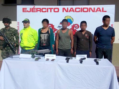 Ejército desmanteló fábrica de explosivos en Suárez - Capturadas cuatro personas