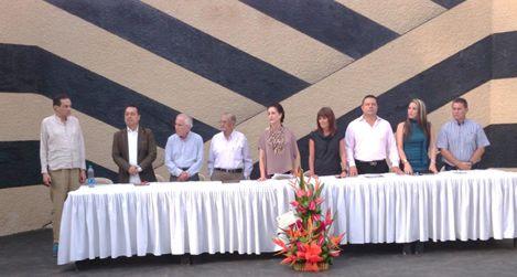 MUSEO RAYO, TALLER DE MARGA Y OLOR A MUJER