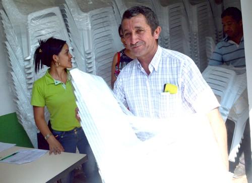 Codelcauca entregó sillas en el Cauca