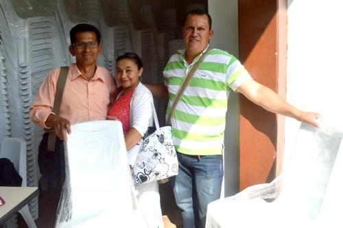 codelcauca entregó sillas a institución educativa de Toribío