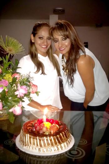 Katherine Arocemena Flórez y su tia Lucero Flórez