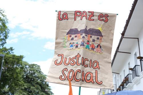 Movilización ciudadana por las víctimas - 9 de Abril 5