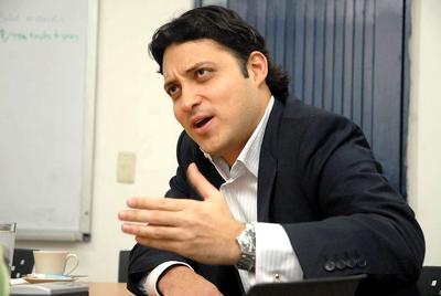 CARLOS FERNANDO MOTOA SOLARTE