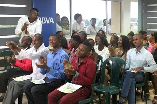 Jóvenes de Chocó cumplen sus sueños a través de la educación - BBVA - Fundación Plan