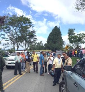 Tres policías muertos en Timbío, Cauca2