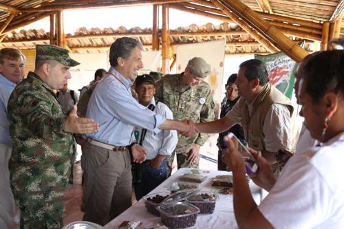 Embajador de los Estados Unidos en Colombia, Kevin Whitaker