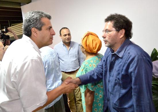 Comisiones de Paz, Luis Fernando Velasco y Farc
