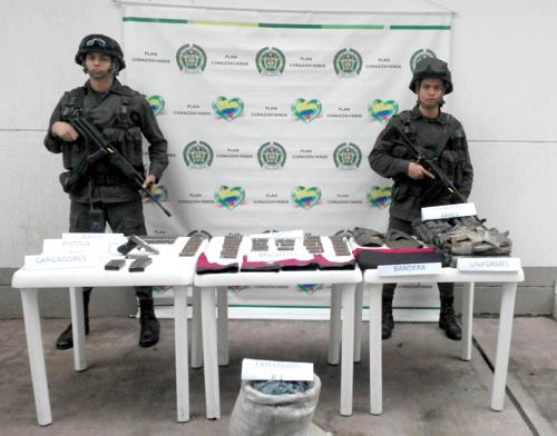 Incautan armas y explosivos en Sucre, sur del Cauca - Policía