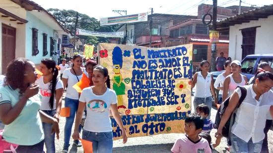 Marcha por la violencia contra la mujer en Santander de Quilichao