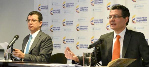 Ministro de Salud y Protección Social, Alejandro Gaviria Uribe y el Superintendente Nacional de Salud, Norman Julio Muñoz Muñoz.