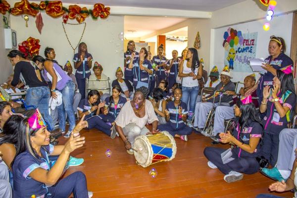 Comfacauca llevó alegría a los adultos mayores de Quilichao