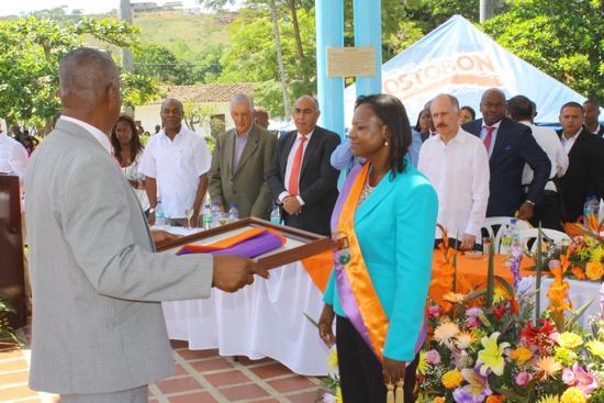Se posesionó la nueva alcaldesa de Caloto12