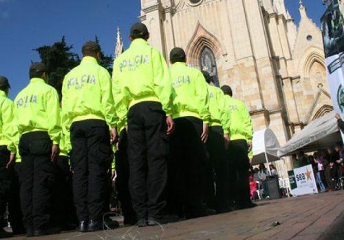 Policías purgados