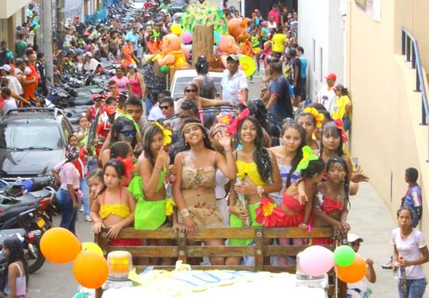 Carnavales de Blancos y Negros en Santander de Quilichao - Fotos Hernán Luna1