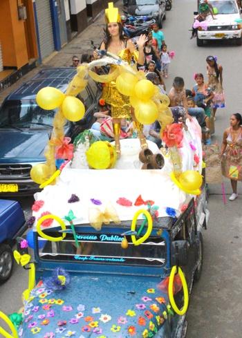 Carnavales de Blancos y Negros en Santander de Quilichao - Fotos Hernán Luna3.