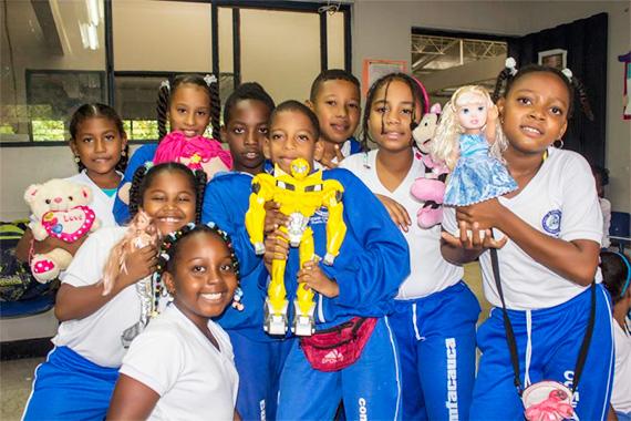 Los-niños-y-niñas-del-Colegio-Comfacauca-Puerto-Tejada-celebraron-su-día