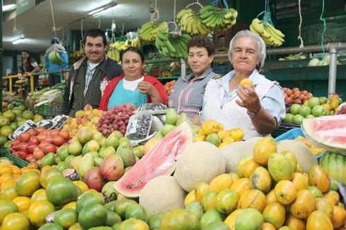 Pequeños productores - Mercado Campesino