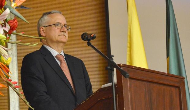 Hermes Manuel Hernández en representación de la Junta Directiva de ANDELOTE