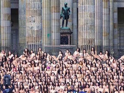 Los bogotanos se desnudaron para el lente de Spencer Tunick