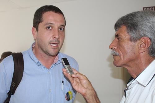 Carlos Manuel Ochoa - Ministro de Salud (1)
