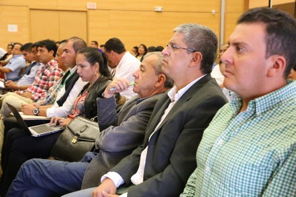 Contrato Paz, una herramienta para el desarrollo territorial - Gobernador del Cauca1