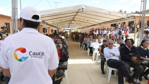 Familias vulnerables de Silvia, Cauca, disfrutan ya de su vivienda gratis