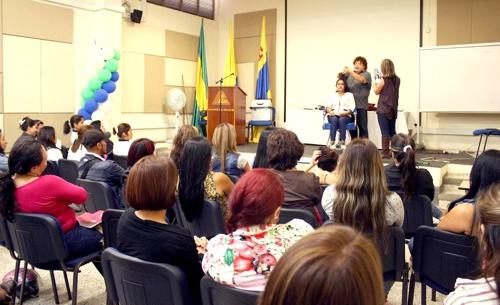 cortes-peinados-y-maquillaje-seminario-de-actualizacion-comfacauca-en-popayan