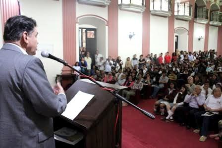 Diálogos Universitarios y Ciudadanos en la Unicauca con León Valencia