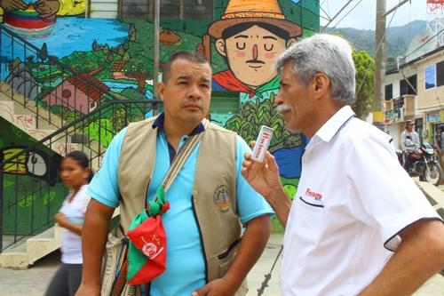 Breiner Ortiz Yule, del equipo de trabajo del Centro de Educación Capacitación e Investigación para el Desarrollo Integral de la Comunidad (Cecidi), institución organizadora de la minga muralista.