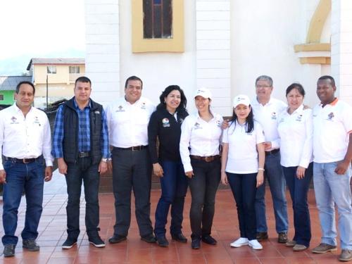 equipo-gobernacion-del-cauca-en-el-macizo-colombiano