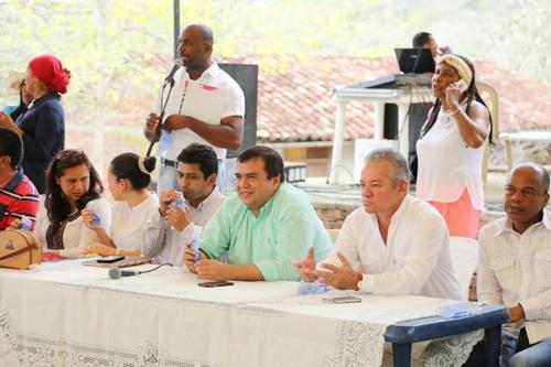 gobernador-del-cauca-anuncia-construccion-del-acueducto-balboa-patia-mercaderes