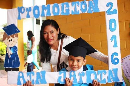 ceremonias-de-graduacion-del-programa-atencion-integral-a-la-ninez-en-popayan
