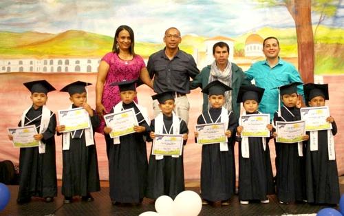 ceremonias-de-graduacion-del-programa-atencion-integral-a-la-ninez-en-popayan2