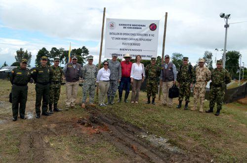 viceministra-de-defensa-visito-el-norte-del-cauca-3