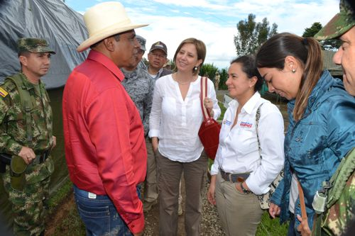 viceministra-de-defensa-visito-el-norte-del-cauca-5