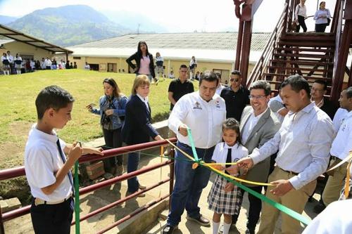 Comunidad Educativa de Silvia recibió con alegría ampliación de Aulas Escolares