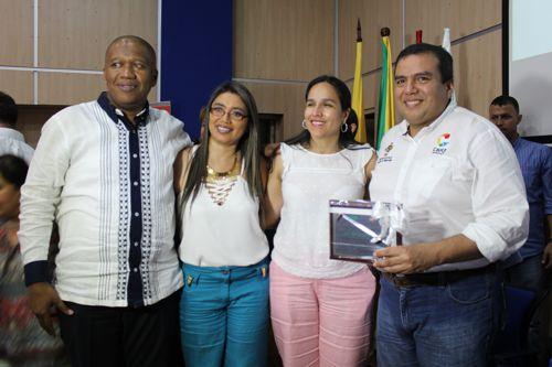 Orlan Mina Vergara, gerente HFS ESE; Martha Sánchez Orozco, funcionaria HFS; Lucy Amparo Guzmán González, secretaria de Salud del Cauca; Óscar Rodrigo Campo Hurtado, gobernador del Cauca.