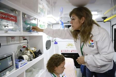 Verifican licencias de funcionamiento de ambulancias en el Cauca