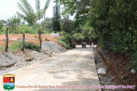 Placa Huella en vía Marañón en Caloto, Cauca