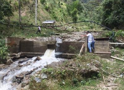 Emcaservicios prioriza atención de emergencia de acueducto en el municipio de Páez