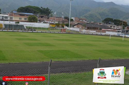 Recuperación del Polideportivo Municipal de Miranda